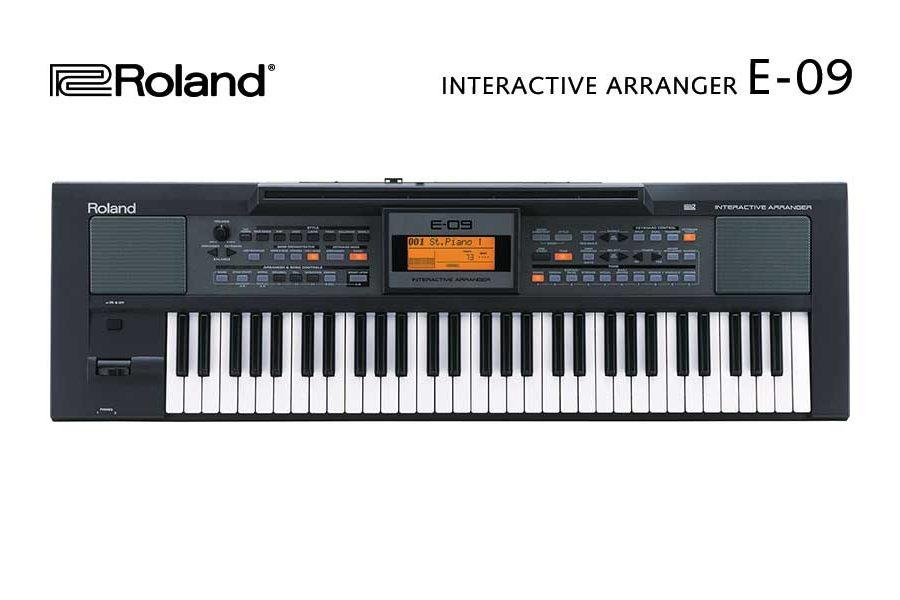 Roland Keyboard E-09